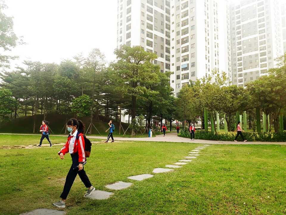 Mua nhà trong công viên đầu tiên tại Hồng Hà Eco City Hà