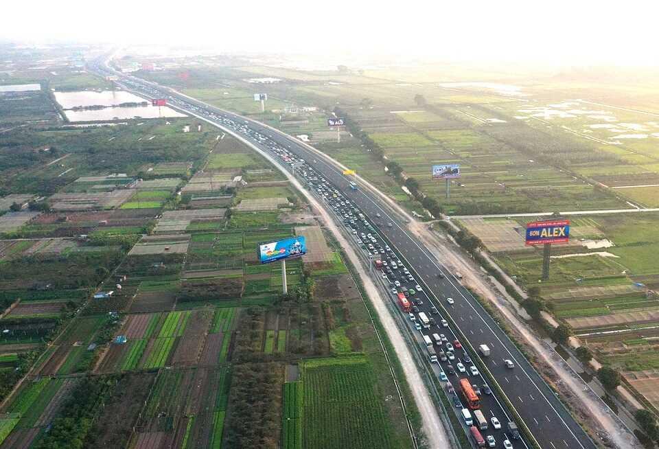 Đường cao tốc 1B đi qua địa phận Thanh Trì